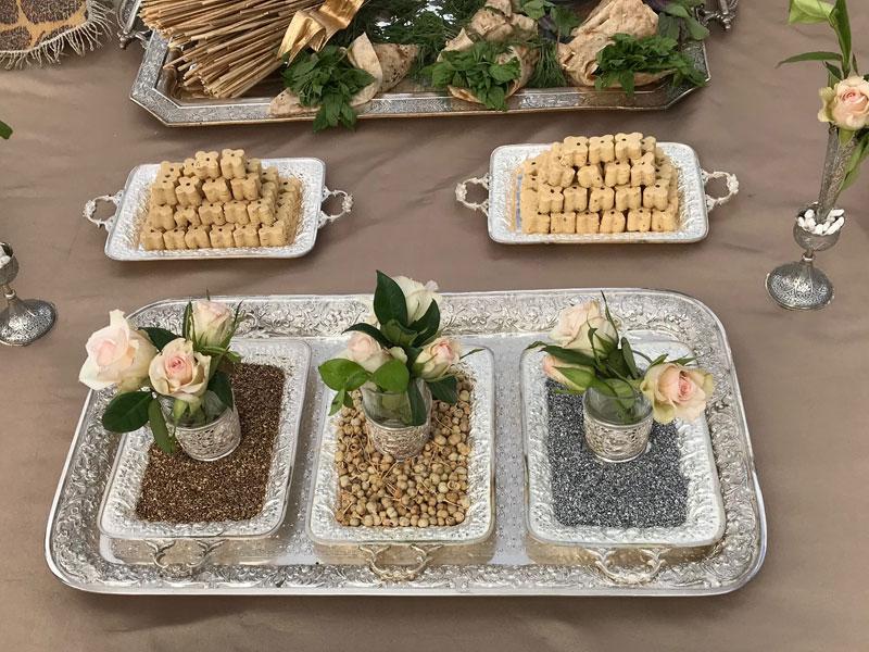 Three small trays, known as farmanbar