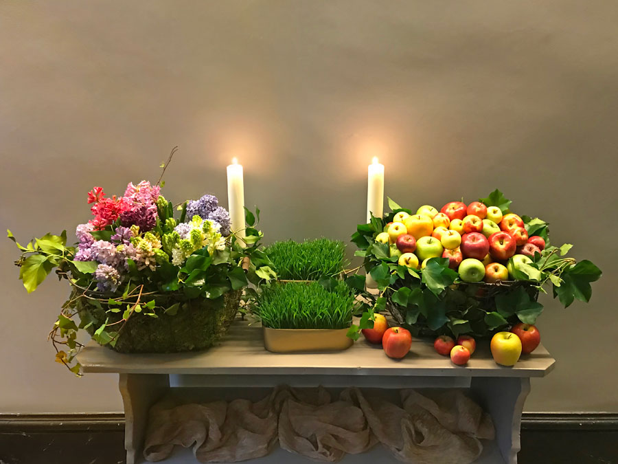 hyacinths, apples, and candles