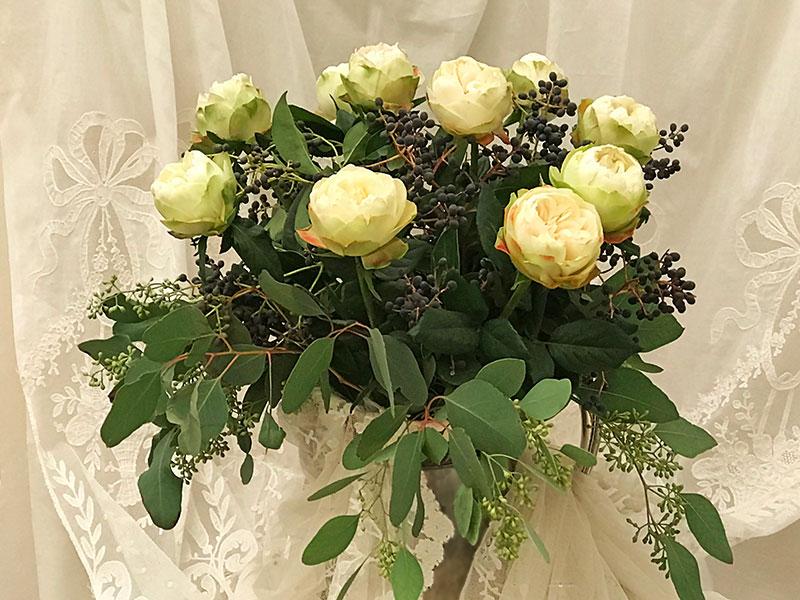 bouquet of Kahala roses, eucalyptus, berries