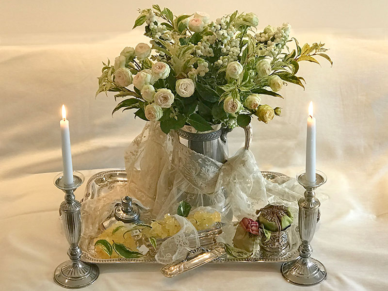 rose bouquet on silver tray